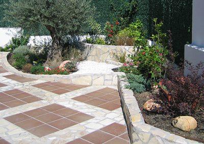 Dise o y construcci n de jardines cerjard n for Solados para jardines